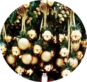christmasballs1